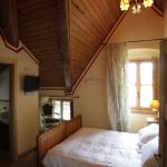 camera matrimoniale con eventuale aggiunta di terzo letto